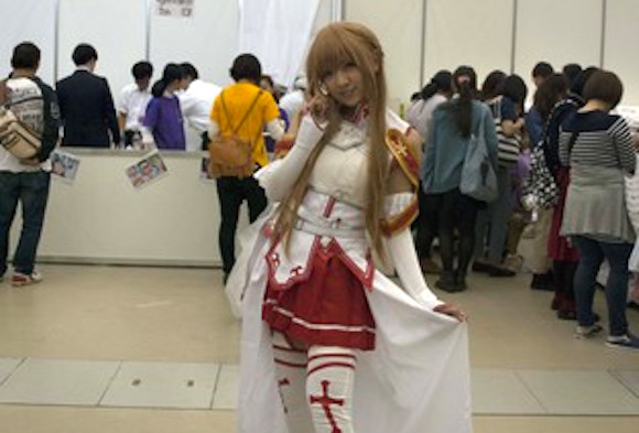 Japanese lawyer: Making cosplay for others is copyright infringement
