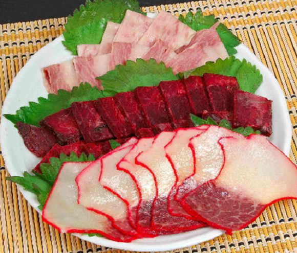 How do people in Japan feel about eating whale? We asked five people for their opinions