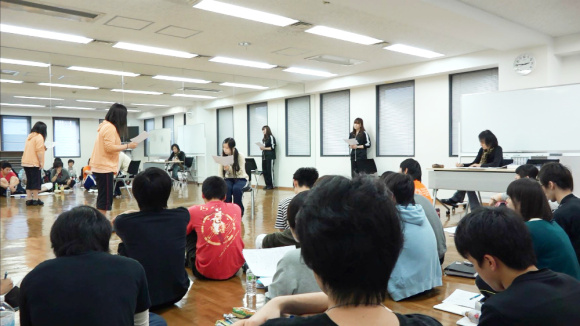 Singing and dancing lessons, too!? An inside-look at a Tokyo voice acting academy
