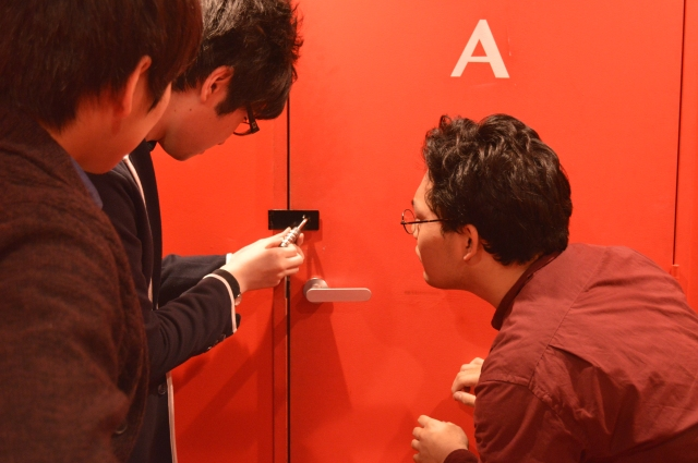 "Japan's ""escape room"" games go foreigner-friendly, into the underground"