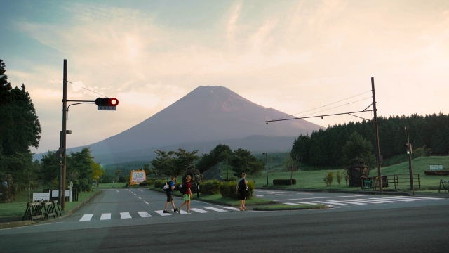 Sea to summit: Expat hikers trek from the Japanese coast to the peak of Mt. Fuji in awesome video