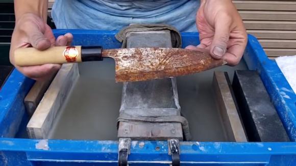knife sharpening 01