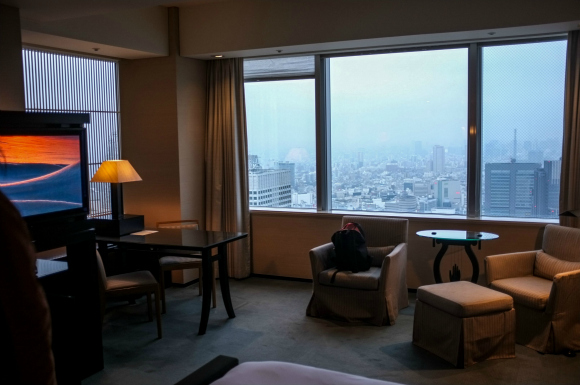 "Park Hyatt Hotel honors hotel guest's request to stay in Bill Murray's ""Lost in Translation"" room"
