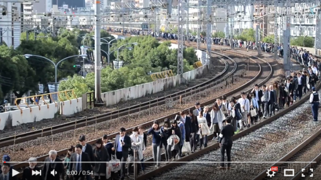 Video shows that in Japan, even the train evacuations are orderly 【Video】