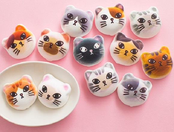 Nyarshmallow: The chocolate-filled cat-shaped marshmallows too cute to eat!