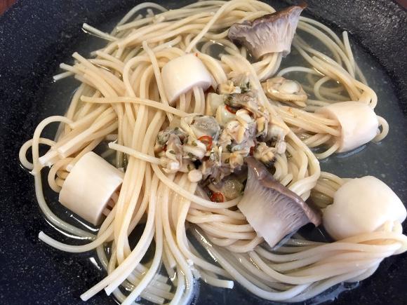 Japan's trendy eringi mushroom pasta recipe: As eye-catching as it is labor-intensive 【Photos】