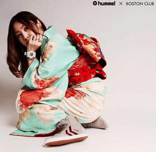 Kimono with sneakers? Why not, says Osaka fashion retailer 【Photos】