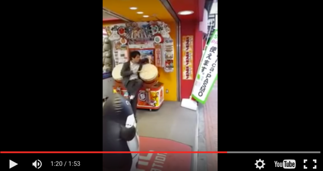 Man's amazing Taiko Drum Master moves are sure to bring smiles to your face【Video】