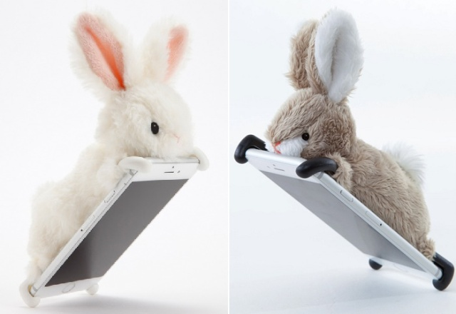 Zoopy: The cuddliest stuffed-animal covers you'll ever need for your phone!