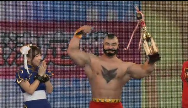 "And the winner of the Street Fighter V ""Miss Chun-Li Cosplay Contest"" is… Zangief?!"