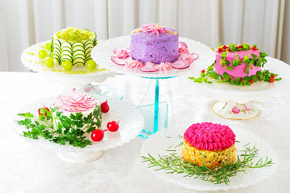 New cafe in Japan serves up salads in the form of gorgeous colourful cakes