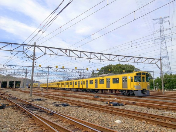 Party on the Seibu line! Rent a train car for your alumni buddies—beer included