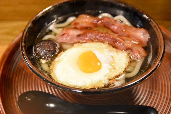 Not sure if want? London's English breakfast udon shocks and confuses Japanese Twitter