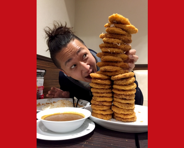 Here's what US$90 worth of katsu curry looks like at CoCo Ichibanya: A mountain of cutlets!