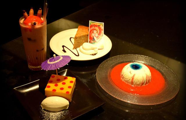 Midori/Shōjo Tsubaki Café isn't for the faint of heart