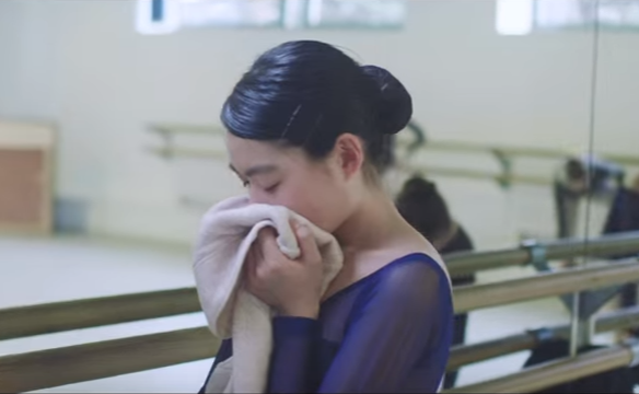 Fabric softener commercial will bring tears to your eyes, ensure you call mom on Mother's Day