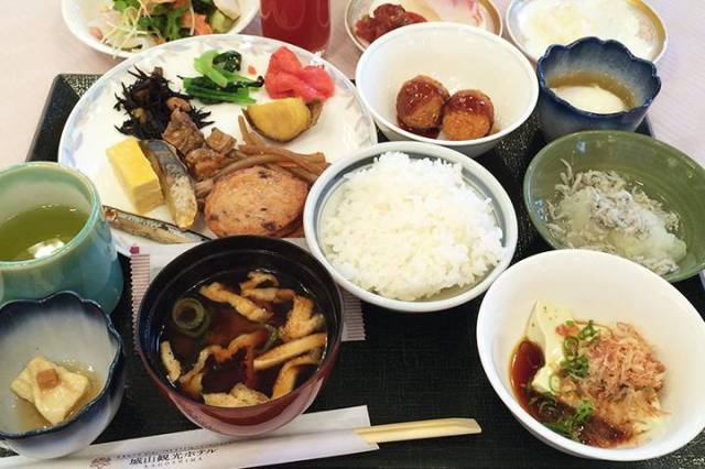 Japan's top 10 hotel breakfasts 2016: Kobe hotel tops the list once again!