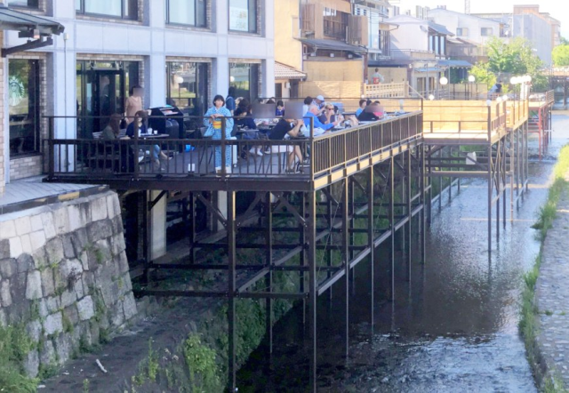 Kyoto Starbucks's elegant over-river seating might make it the country's coolest coffeehouse