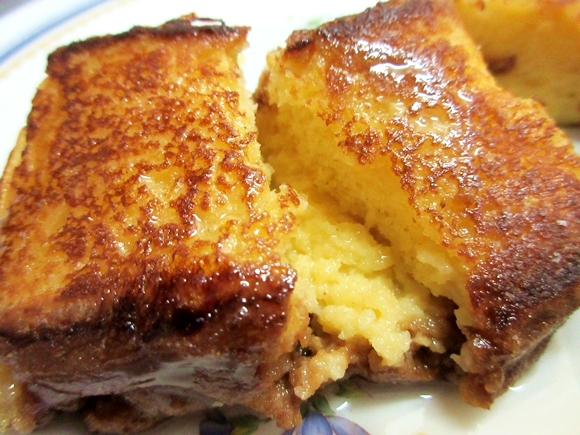 We make French toast from castella cake, and it's absolutely yums!【RocketKitchen】