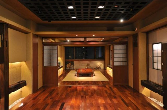 Is this chic hotel in Tokyo's Asakusa district really a capsule hotel? As a matter of fact, yes!