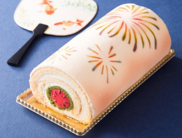 Hanabi roll cake is the most festive, delicious cake of 2016 – possibly too beautiful to eat