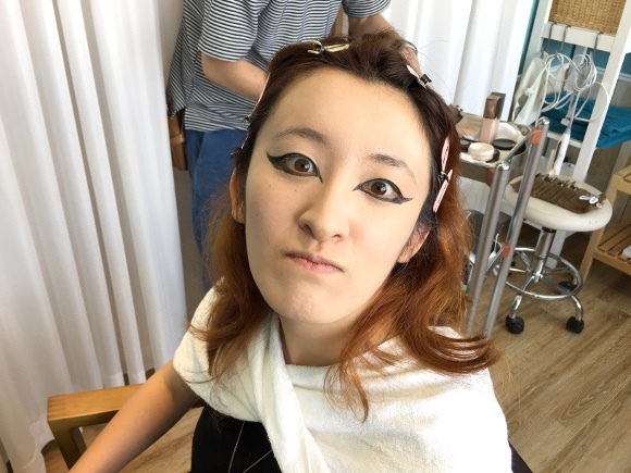 Our writer transforms into a rock goddess in hopes of teaming up legendary musician Yoshiki 【Vid】