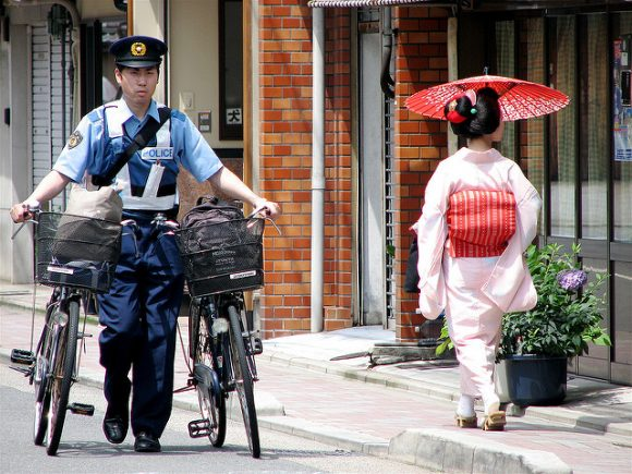 Getting stopped by the police in Japan – how often does it happen (and why?)