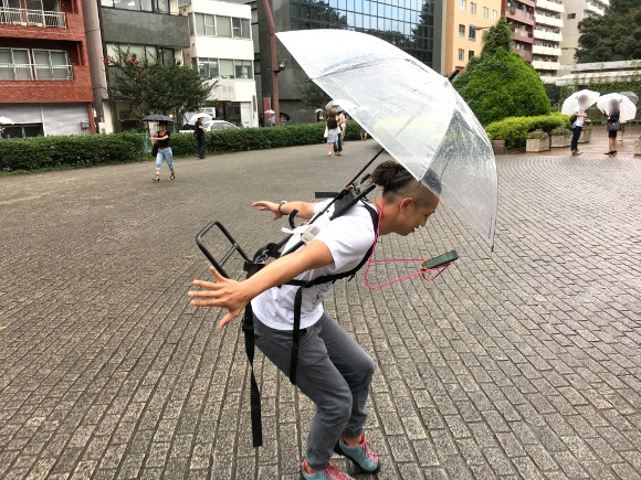 "DIY Pokémon Go lifehack from Japan: Hands free ""Poké-Han"" device gets a rainy day edition"