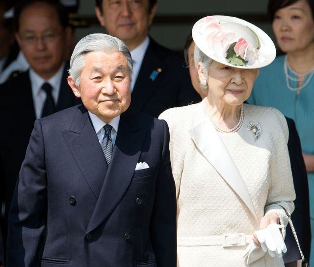 Confusion as Imperial official denies rumors that Japan's Emperor Akihito plans to step down