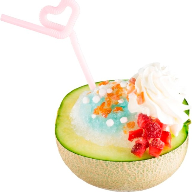 Have your dessert/drink in a bowl of melon — at revolving sushi restaurant Sushiro!
