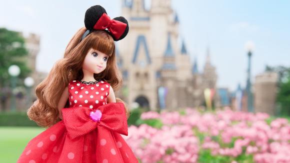 Tokyo Disney's first fashion dolls make their debut!