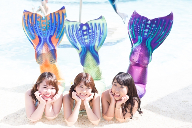 "Live out Disney fantasies with the new ""mermaid tour"" experience in Japan"