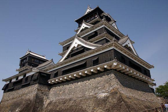 640px-Kumamoto_Castle_05n3200