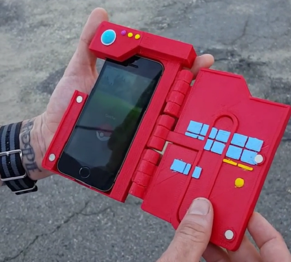 As Pokémon GO takes over your smartphone, why not give it an awesome Pokédex-style case? 【Video】