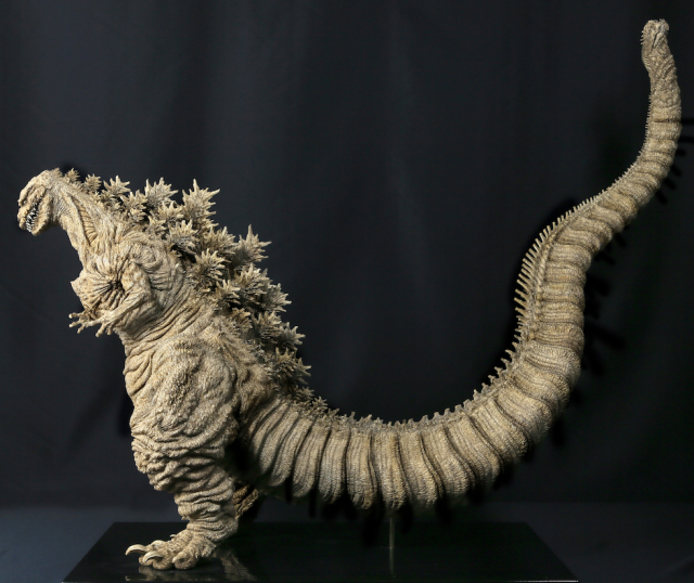 Godzilla figure based on Shin Godzilla CG model is stunningly detailed, shockingly expensive