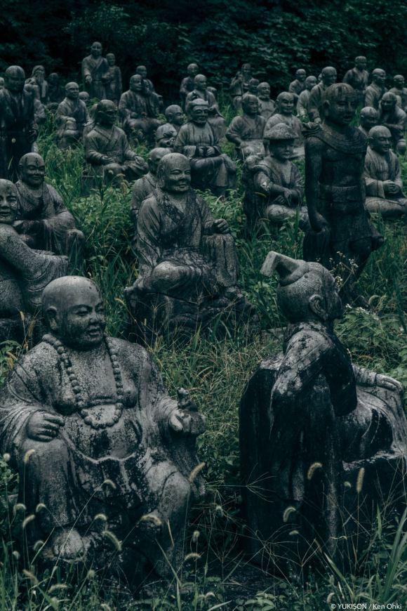 spooky-statues-15