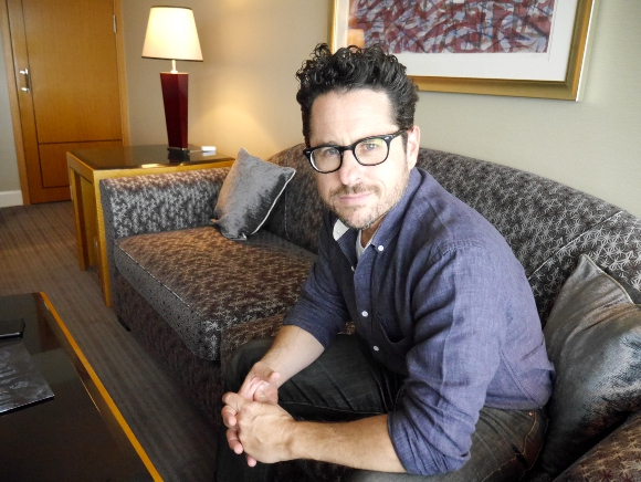 J.J. Abrams sits down for an interview with RocketNews24 about Star Trek, the moviemaking process