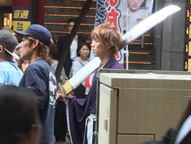 Fans Compare Apparent Leaked Live-Action Bleach Photos to Cosplay