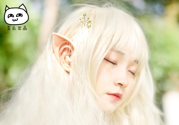 Transform into a Hylian or an elf with cute elf-ear headphones【Pics】