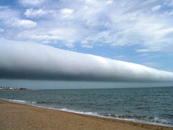 800px-roll-cloud