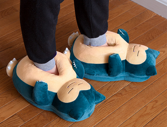 Snorlax Pokémon slippers are awesomely adorable, make sounds when you take a step【Video】