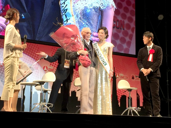 Stan Lee impresses audiences in Japan at Tokyo Comic-Con