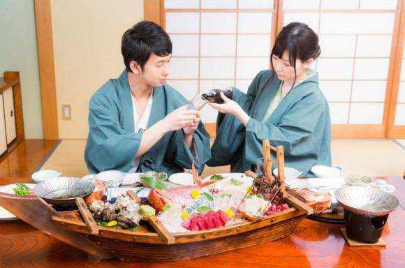 Survey reveals the most popular time to slip into a yukata at a traditional Japanese inn