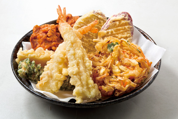 "Udon chain's awesome ""Tempura Pass"" deal works out to less than 10 yen per piece over five weeks"