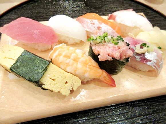 Tokyo restaurant offers amazing sushi lunch deal for less than 5 bucks