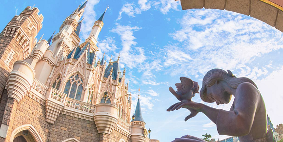 Tokyo Disneyland employees are willing to take your bloody tissues off your hands, guest reveals
