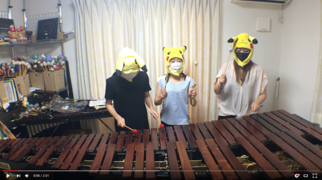 Percussionists recreate classic 8-bit video game music with enormous xylophones 【Videos】