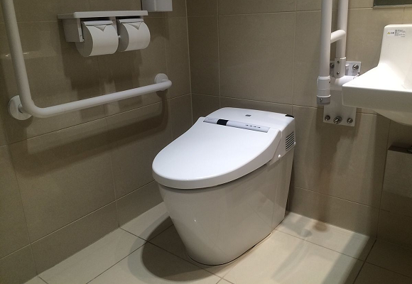 """""""Shogun sound"""" toilet hack covers the sound of your pooping with samurai battle cries【Video】"""