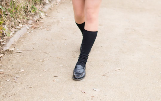 Fukuoka man arrested for threatening to kill schoolgirls who wear socks