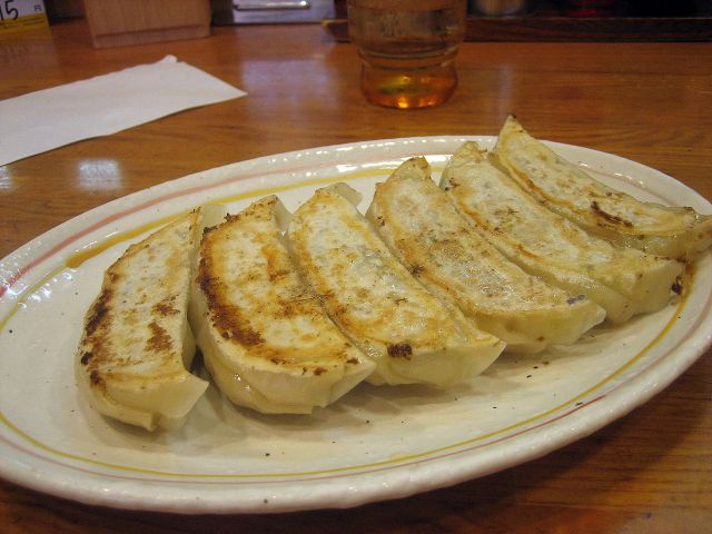 Gyoza restaurant in Kyoto helping struggling students with free food for decades